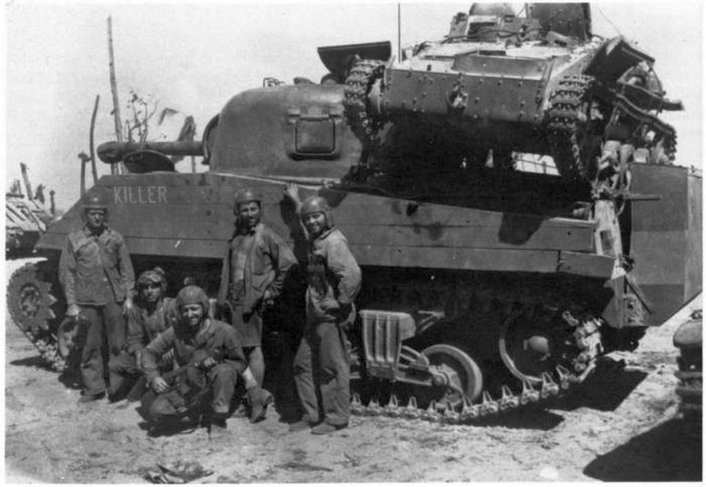 1944_m4a2_sherman_japan_type94_tank_csendes-oceani_hadszinter_namur_szk.jpeg