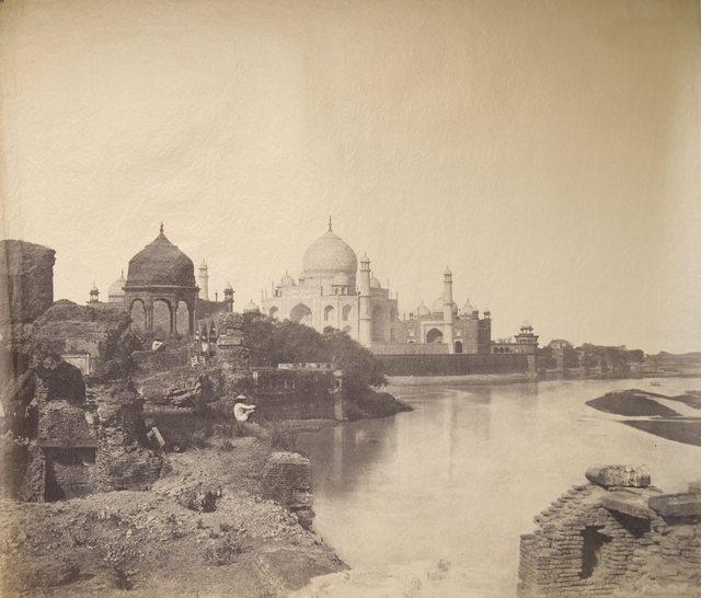 1855_korul_the_earliest_known_photo_of_the_taj_mahal.jpg