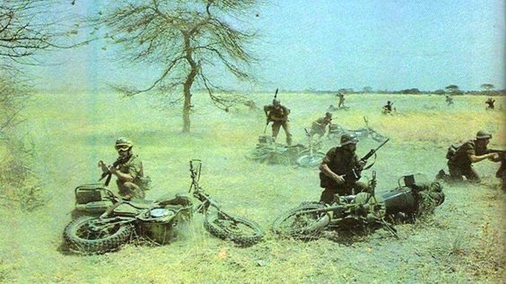 1980s_second_part_a_del-afrikai_hadsereg_kulonleges_hadereinek_albontasa_az_angolai_harcokban_valo_reszvetel_soran.jpg
