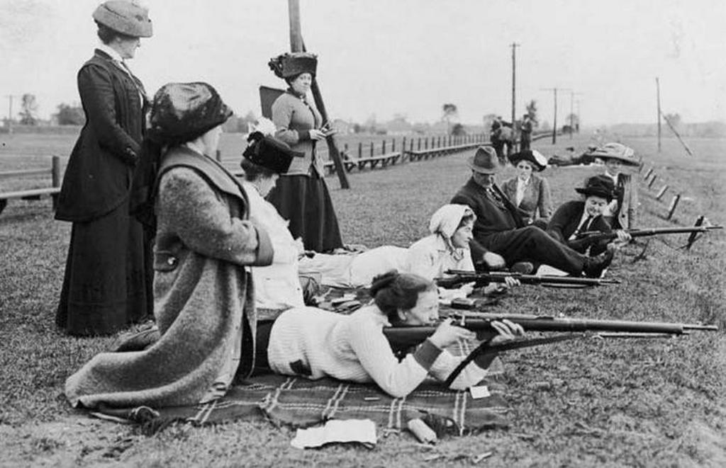 1915_a_nok_megtanuljak_loni_1915_toronto_kanada.jpeg