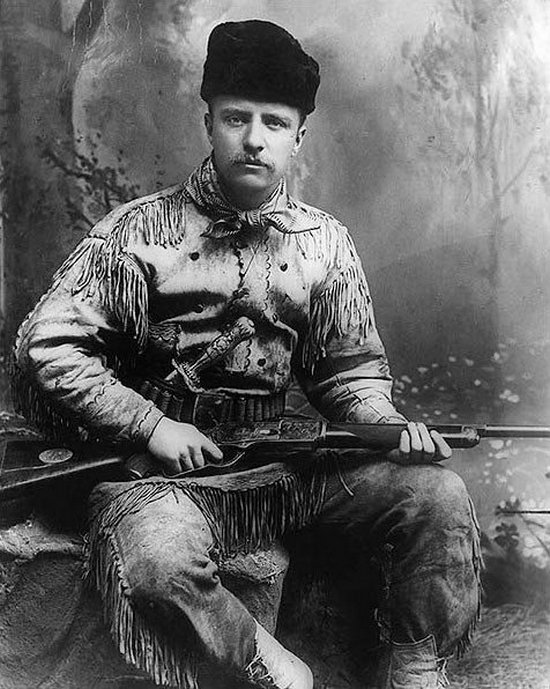 1885_teddy_roosevelt_in_his_hunting_suit.jpg