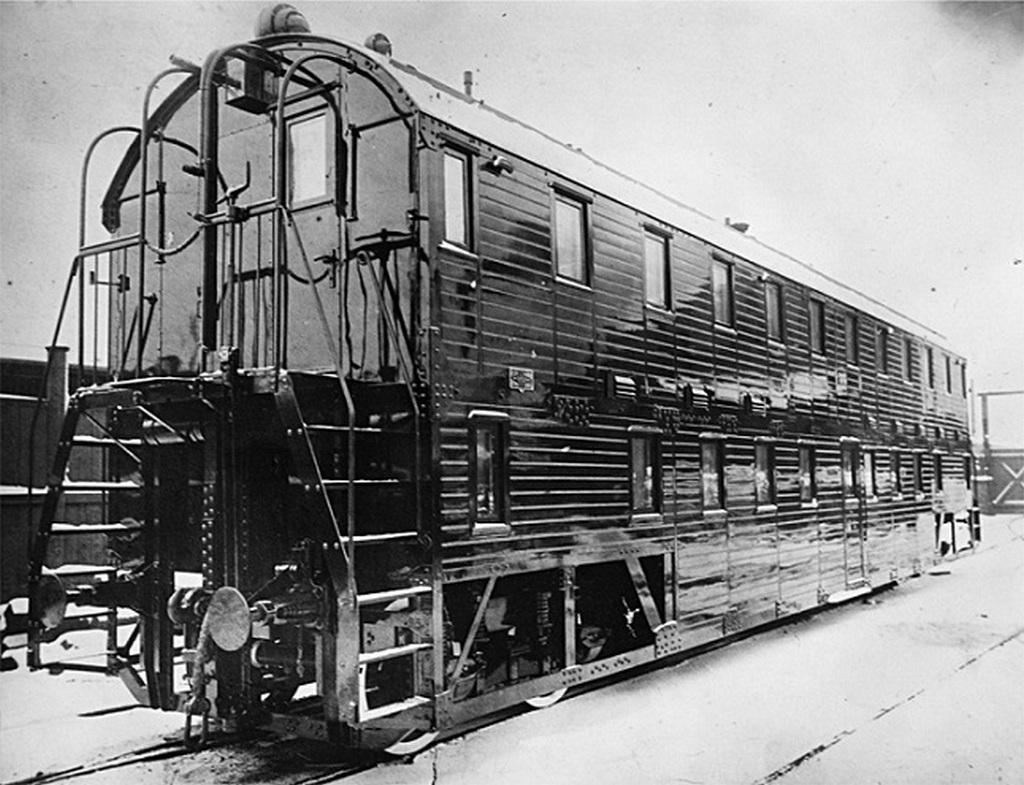1907_a_ketszintu_auto_amelyet_a_sormovo-uzem_az_1907-es_orosz_birodalom_termelt.jpeg
