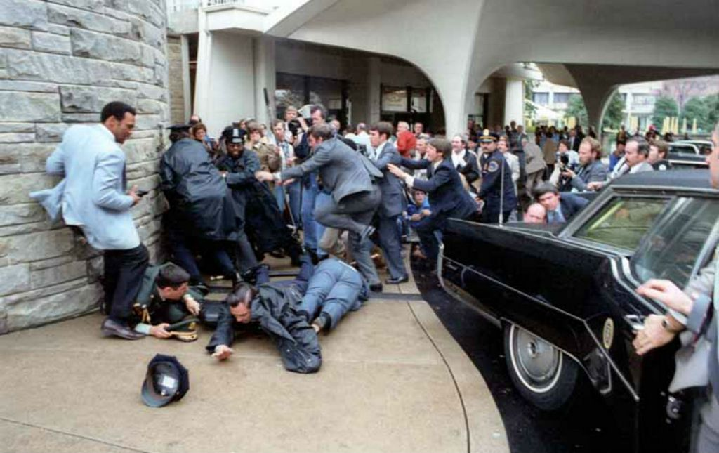 m_1981_marcius_30_reagan_assassination_attempt_img.jpg