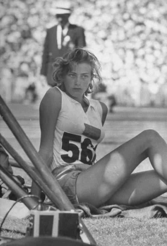 1956_gunhild_maria_larking_otszoros_sved_bajnok_atleta_az_1952-es_melbourne-i_olimpiai_jatekokon.jpeg
