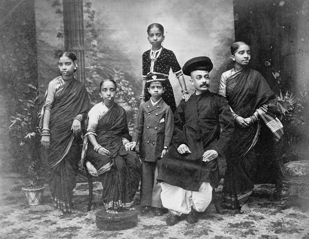 1890-as_evek_magasabb_osztaly_1890-es_evek_india_a_legmagasabb_rangu_kaszt.jpeg