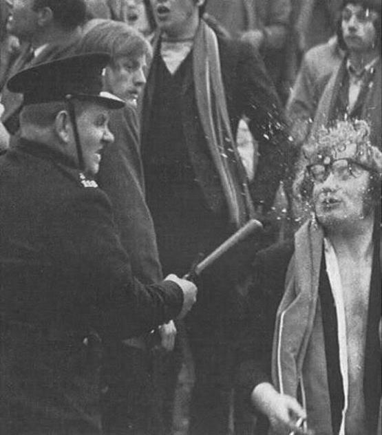 1971_kelta_futball_policeman_uses_baton_on_gaelic_footballer_supporter_at_disorder_after_the_game.jpg