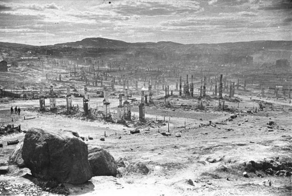 1942_murmanszk.jpeg