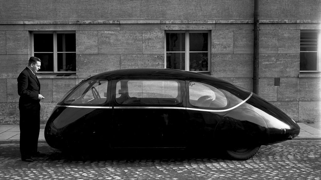 1939_schlorwagen_was_built_and_tested_on_the_roads_around_gottingen_in_lower_saxony_germany_a_haboru_miatt_sosem_kerult_gyartasba.jpg