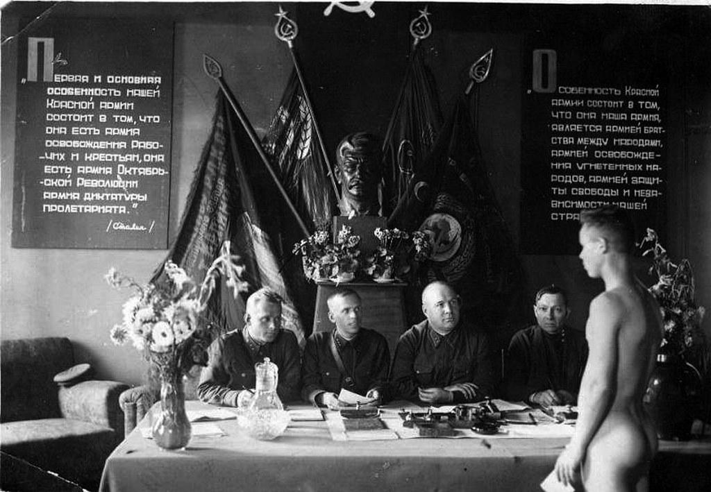 1930-as_evek_sorozas_a_szovjet_voros_hadseregbe.jpg