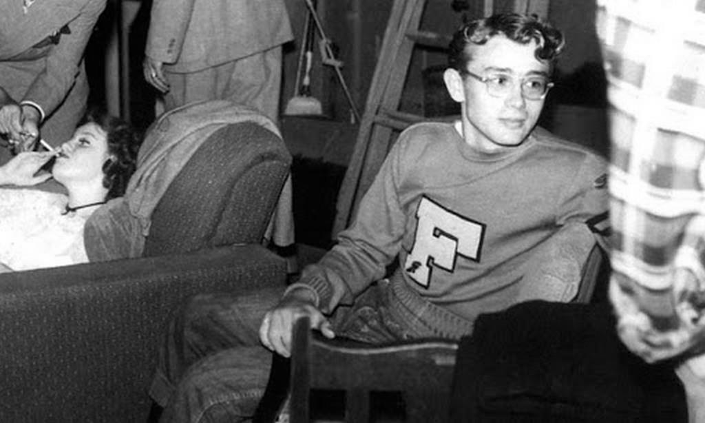 1950_19_years_old_james_dean_at_santa_monica_college.jpg