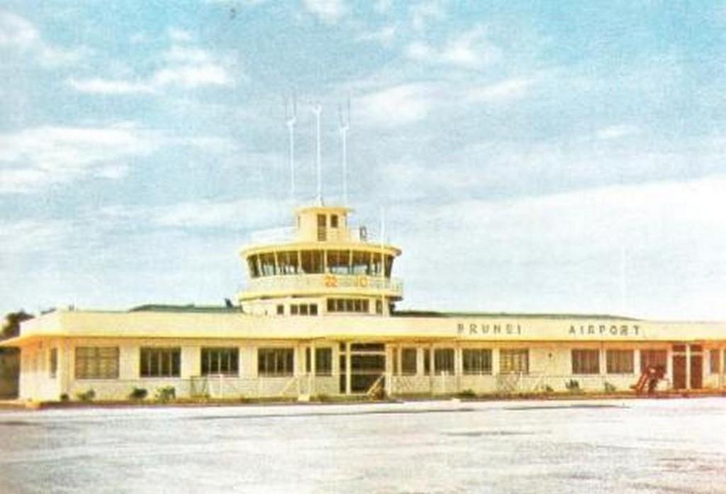 16_old_brunei_airport_1960s.jpg
