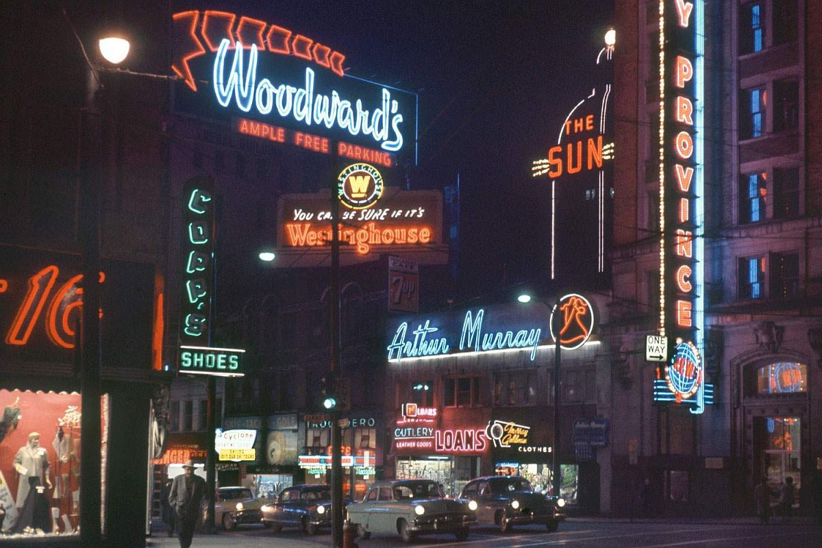 fred-herzog-vancouver-streets-in-1950s-and-1960s-01.jpg