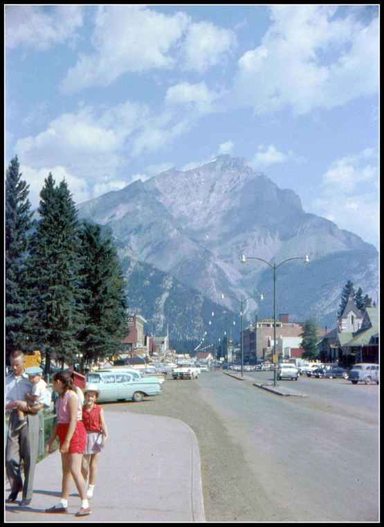 everyday_life_in_canada_during_the_1960s_2839_29.jpg
