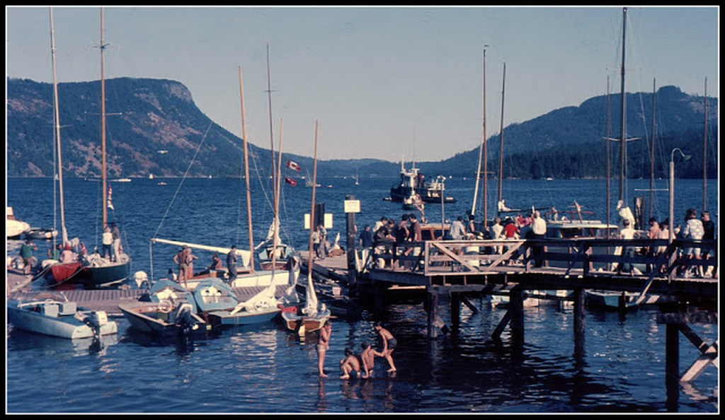 everyday_life_in_canada_during_the_1960s_2840_29.jpg