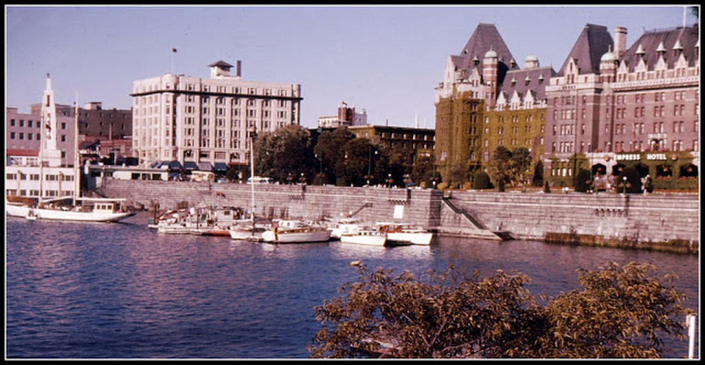 everyday_life_in_canada_during_the_1960s_2849_29.jpg