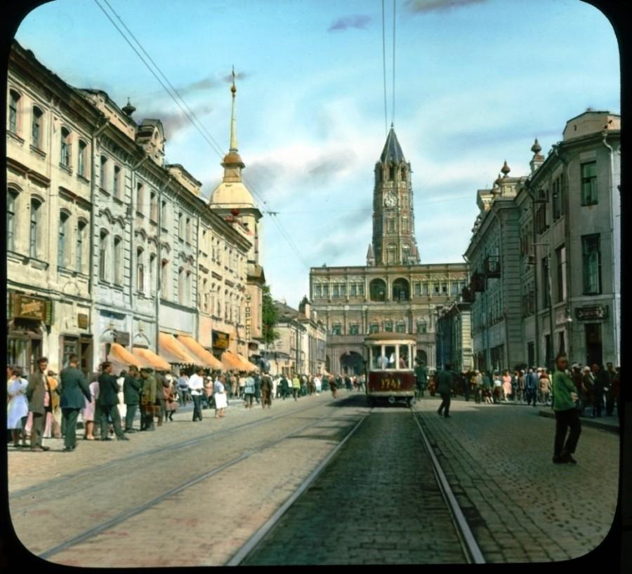 Szuharev-torony, felrobbantva 1934-ben