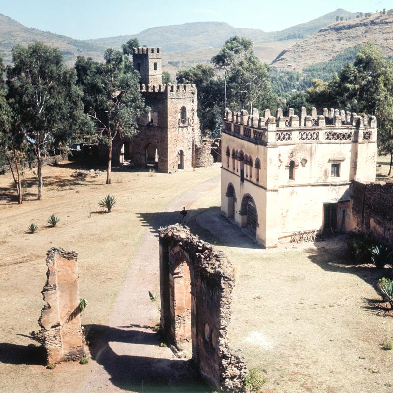 19_samz_ethiopia1964_gondar_fasilides_castle_069.jpg