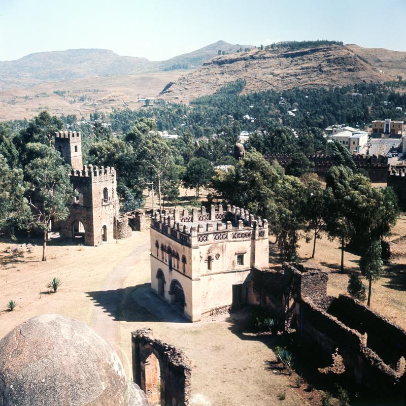 20_samz_ethiopia1964_gondar_fasilides_castle_070.jpg