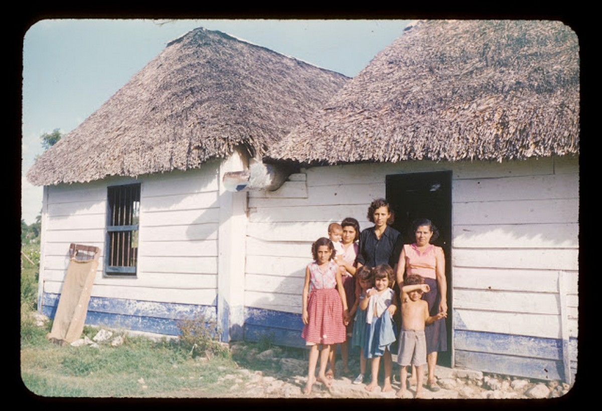 everyday_life_of_cuba_in_the_1950s_283_29.jpg