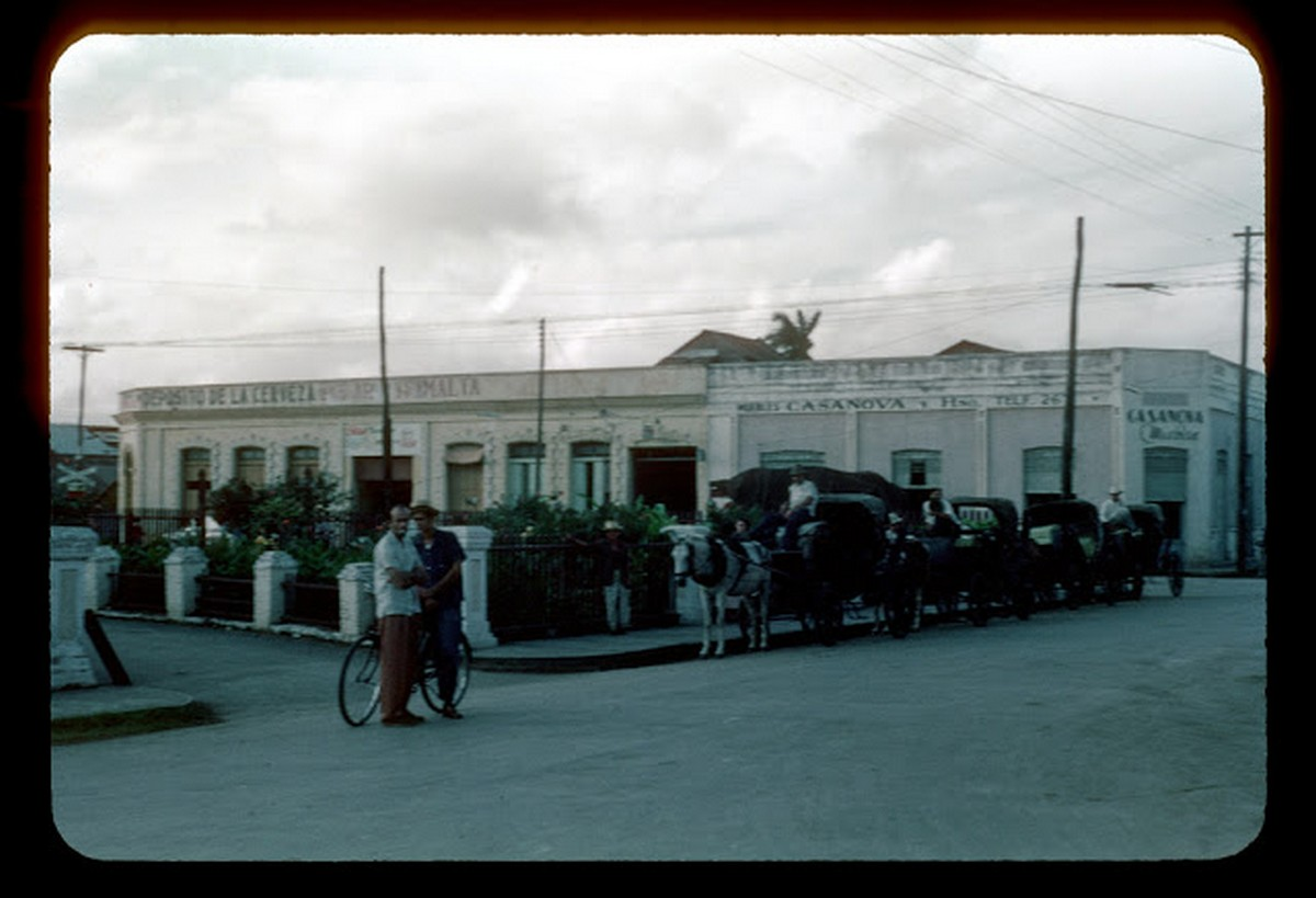 everyday_life_of_cuba_in_the_1950s_289_29.jpg