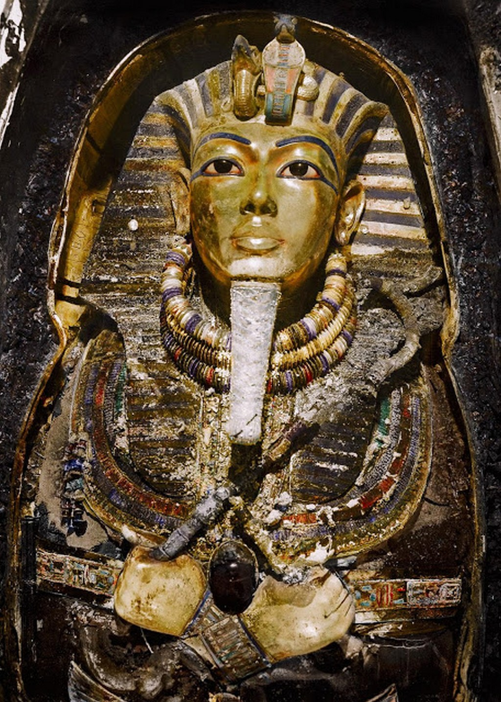 discovering_tutankhamun_in_color_2819_29.jpg