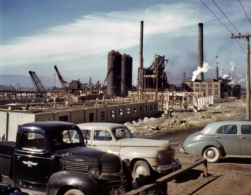 1942_new_columbia_steel_co_mill_at_geneva_utah.jpg