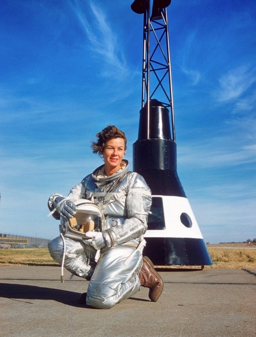 1959_pilot_and_auto_test_driver_nasa_astronaut_betty_skelton.jpg