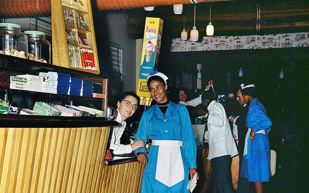 1960_unknown_restaurant.jpg