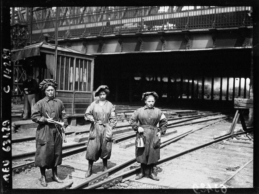 working_women_in_the_first_world_war_12.jpg
