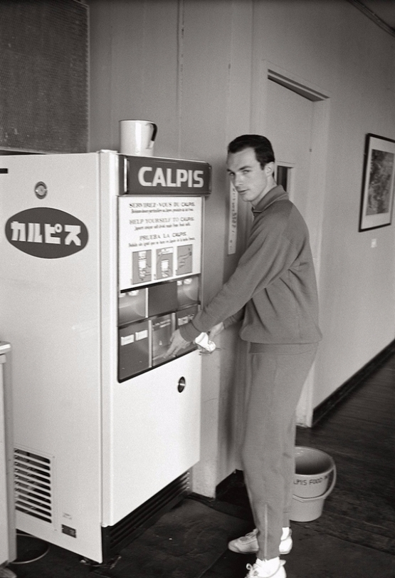 vintage-vending-machines-15.jpg