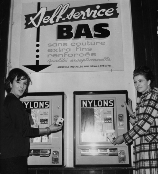 vintage-vending-machines-18.jpg
