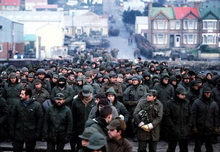 5061982-argentine-prisoners-of-war-massed-in-port-stanley-capital-of-the-falkland-islands-after-their-surrender-to-the-british-falkland-islands-task-force_-pinterest.jpg