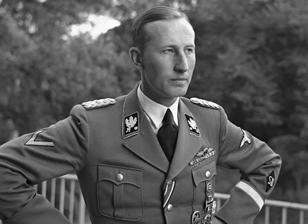 reinhard_heydrich_09_1941.jpg