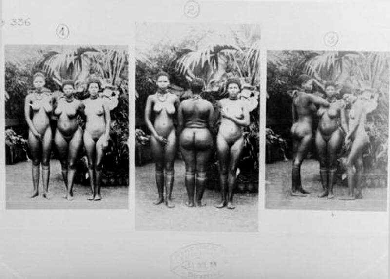 Hottentotta nők a párizsi állatkertben. Főleg a férfiakat vonzotta az eltérő testfelépítésű afrikai hölgyek világa.