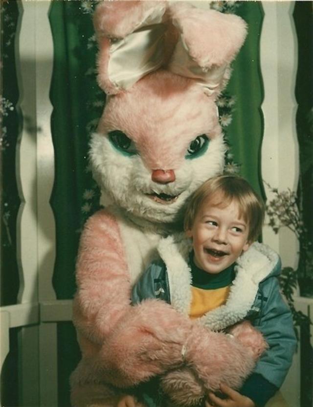 creepy_vintage_easter_bunny_03.jpg