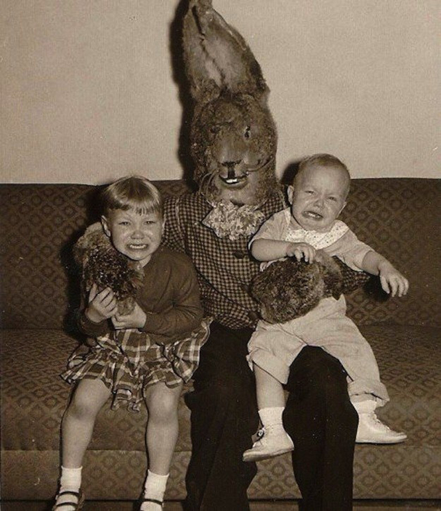 creepy_vintage_easter_bunny_05.jpg