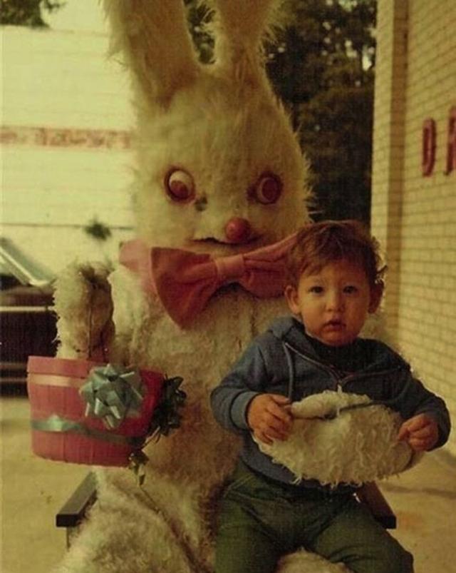creepy_vintage_easter_bunny_13.jpg