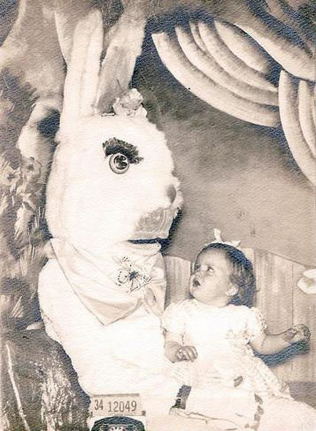 creepy_vintage_easter_bunny_16.jpg