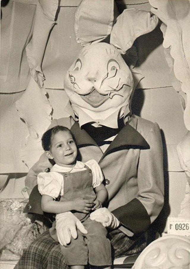 creepy_vintage_easter_bunny_17.jpg