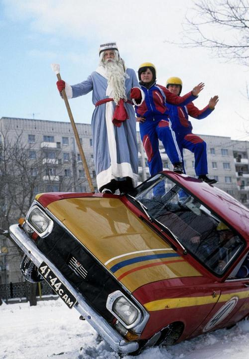 soviet-ded-moroz-photos-of-slavic-santa-claus-from-ussr-2.jpg