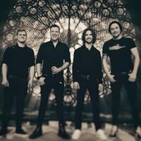 Teltházas koncerttel indul a Leander Kills turnéja