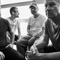 Új albumával Budapestre jön a Helmet