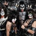 Öltözz szépen, ha a Kiss-szel beszélsz!