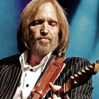 Posztumusz díszdobozos csomag jön Tom Pettytől