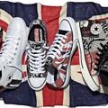 Új Sex Pistols-os cipők a láthatáron