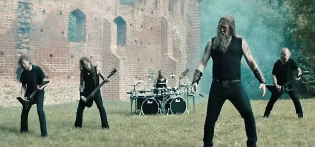 amonamarthdeceivervidnew_638.jpg
