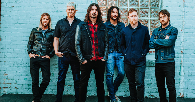 foo_fighters_2017_june_promo.jpg