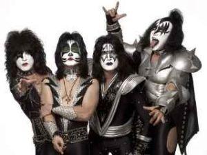 Kiss band.jpg