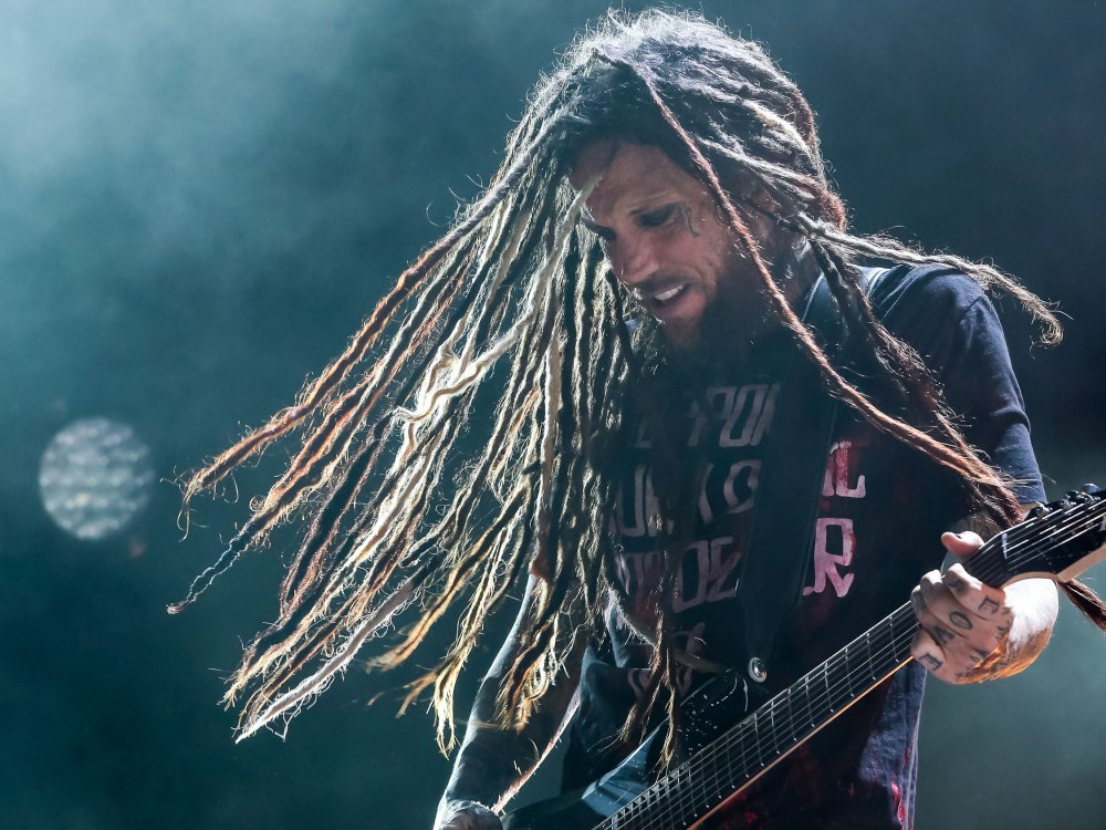 brian-head-welch.jpg
