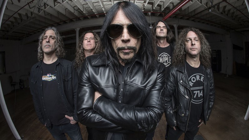 monster_magnet_2018.jpg